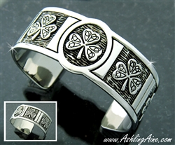 Pewter Shamrock and Trinity Knot Cuff Bracelet (#JPEW6032)
