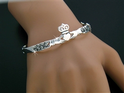 Claddagh Bangle Bracelet (#JPEW5571)